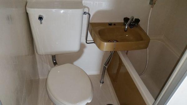 横浜市西区浴室クリーニングカビ除去
