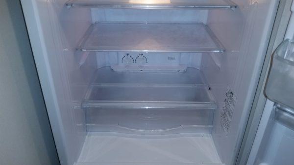 新宿区冷蔵庫クリーニング